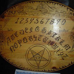 Das Ouija Brett – Dein Tor zur Geisterwelt
