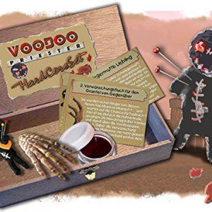 Bild: Voodoo Set Handarbeit